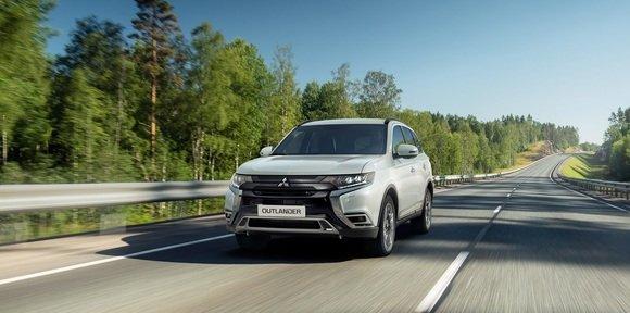 Обновленный Mitsubishi Outlander - уверенность на любом пути